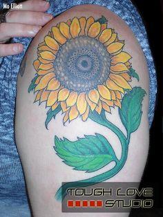 Sunflower Tattoo | Mo Elliott | Tough Love Studio | #Sunflower #Flower #Tattoos