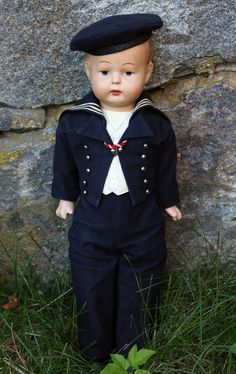 Finnish made sailor boy from 1930's. Suomenlinna Toy Museum.