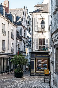Quiet Street In Loches | by Dan Guimberteau