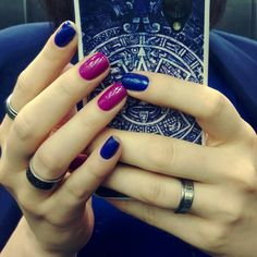 "82 mentions J'aime, 2 commentaires - Мяузелак (@meouza) sur Instagram : ""Ударим лакопробегом по понедельнику #Orly Royal Navy и #Inm Daisy #nailru #тегсообществанейлру"""