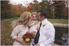 Lindsay Sage Photography, family photography, wedding photography, family posing, fall photography, natural light, wadsworth ohio