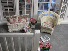 I have set my new wicker chair and chest, that I bought from Eva at the Stockholm ministure show, at the porch at the Summer Retreat. Miniature Rooms, Miniature Furniture, Dollhouse Furniture, Miniature Gardens, Wicker Furniture, Furniture Sets, Doll Furniture, Diy Dollhouse, Dollhouse Miniatures