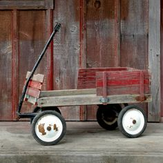 Kind of High in price not too bad, but a good thing to look at for making one RESERVE Vintage Red Wood Wagon // Pull Along by on Etsy Kids Wagon, Toy Wagon, Antique Toys, Vintage Toys, Wooden Wagon, Little Red Wagon, Old Wagons, Pull Toy, Wagon Wheel
