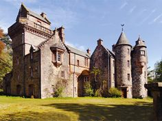 Blackcraig Castle is a classic romantic Baronial mansion which requires some…