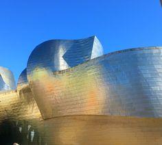 Autumn sunshine on the exterior of the Guggenheim Bilbao, November 2015