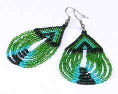 Green seed bead earrings  Native American style by Anabel27shop