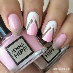 pink-brown nails