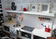 Play kitchen - Ikea hack