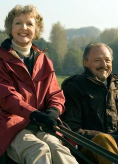 """To the Manor Born"" starred Penelope Keith with co-star Peter Bowles British Comedy, British Actors, British Humour, American Actors, Bbc Tv Shows, Bbc Tv Series, Best Tv, The Best, Penelope Keith"