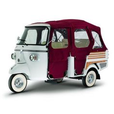 Piaggio Ape Calessino. A Vehicle for the smart, modern urban bloke and blokesse.