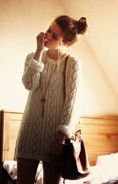White Fall Sweater Dress With Handbag