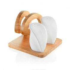 Napkin holder with salt&pepper set by Brandani | www.lovethesign.com/uk