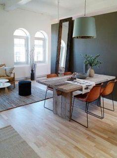Matbord av plankor