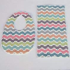 Organic Baby Bib and Burp Cloth Set POLKA by MackandMabelOrganics, £11.50