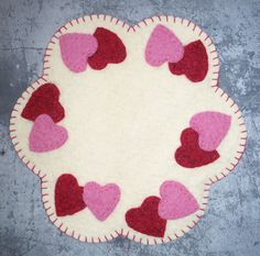 Mini Hearts Candle Mat Kit Felt Crafts Patterns, Wool Applique Patterns, Hand Applique, Felt Applique, Small Sewing Projects, Sewing Crafts, Crochet Butterfly Pattern, Felt Pillow, Felted Wool Crafts