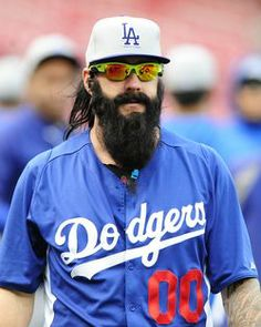 Brian Wilson returns to LA Dodgers (yeah I know.but he's the exception) Dodgers Gear, Dodgers Nation, Dodgers Baseball, Sports Baseball, Baseball Players, America's Favorite Pastime, Brian Wilson, Dodger Blue, Win Or Lose