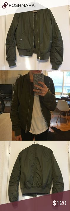 Army Green Topshop Bomber Jacket Army Green Topshop Bomber Jacket. Size US 2. Lightly use, great condition. Only worn a few times. Topshop Jackets & Coats