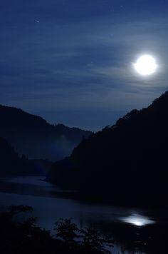 the magic of moonshine