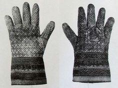 Gloves from the grave of archbishop Rodrigo Ximereze de Rada (1245), Monastery of St. Maria de Huerta, Madrid
