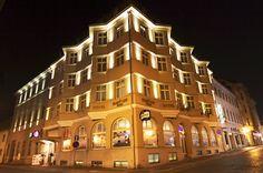 Hotel Zlaty Lev Zatec#building Restaurant Vouchers, 4 Star Hotels, Wellness, Mansions, House Styles, Building, Home, Centre, Internet