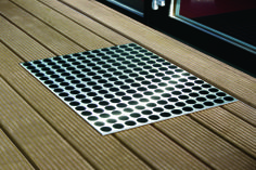 FEET-BACK III is suitable for use both indoors and out. buy at RADIUS DESIGN https://www.radius-design.com/feetback-3-black.html #doormat #outdoor #design