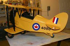 Tiger Moth Pedal Plane for William Karting, Woodworking Toys, Woodworking Projects, Soap Box Cars, Kids Motor, Vintage Trends, Vintage Ideas, Vintage Stuff, Vintage Photos