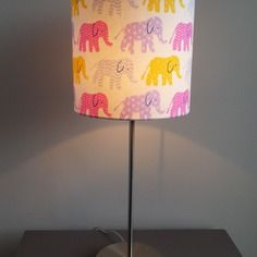 les 80 meilleures images du tableau elephant lamp sur pinterest elephant lamp elephant stuff. Black Bedroom Furniture Sets. Home Design Ideas