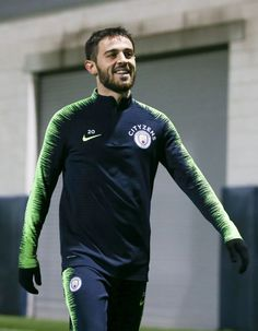Manchester City's Bernardo Silva in action at Manchester City Football Academy on December 2018 in Manchester, England. Get premium, high resolution news photos at Getty Images Manchester New, Manchester England, College Basketball, Soccer, Bernardo, Old Trafford, European Football, Arsenal Fc, Premier League