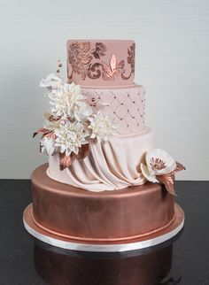 Copper is the inspiration for this beautiful cake paired with muted shades of a dusted rose pink. Copper is the inspiration for this beautiful cake paired with muted shades of a dusted rose pink. White Wedding Cakes, Elegant Wedding Cakes, Beautiful Wedding Cakes, Gorgeous Cakes, Wedding Cake Designs, Pretty Cakes, Sweet 16 Birthday Cake, Beautiful Birthday Cakes, 18th Birthday Cake