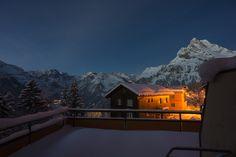 Ortstock, Braunwald im Kanton Glarus Schweiz Mountains, Mansions, House Styles, Travel, Home Decor, Viajes, Decoration Home, Room Decor, Fancy Houses