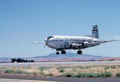 C-124C 52-1000 making its last landing at Travis Air Force Base, 10 June 1984.