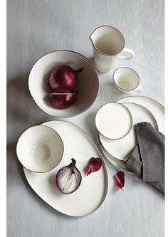 Minimalistic ceramics, minimalist dinnerware, sleek contemporary dish set. #afflink