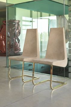 Chair ELLE by KLAB DESIGN | design SAVIZ YAGHMAI