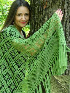 Купить шаль вязанную крючком в интернет магазине