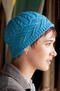 Ravelry: Crown of Leaves Hat pattern by Faina Goberstein