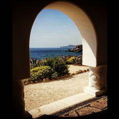 #Rodi #views #landscape #nature #colorful #window #sea #holidays Ph. Jessica Vancini