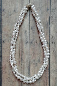 Jamie Necklace // Bridal Statement Necklace / Pearl Necklace / Pearl Bride Necklace / Click to shop online