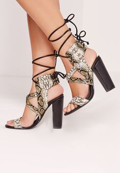 Missguided - Snake Print Cross Strap Lace Back Block Heeled Sandals Multi