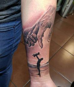 Tatuaje de padre y hijo Tatuaje de padre y hijo Father and son tattoo Father and son tattoo Father Daughter Tattoos, Mom Dad Tattoos, Father Tattoos, Tattoo For Son, Family Tattoos, Tattoos For Daughters, Tattoos For Guys, Rosen Tattoo Mann, Grandfather Tattoo