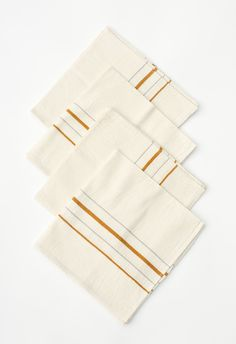 Set of four 18″ x 18″ napkins Hand-woven by artisans in Chiapas, Mexico of 100% cotton.