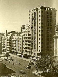 """Bucharest photos from the first decades of the century - mostly from the interwar period (between the two World Wars). ♦ The end of """"Little Paris"""" (click photo) ♦ Box Braids Men, Interwar Period, Little Paris, Bucharest Romania, Click Photo, World War Two, Time Travel, Past, Buildings"""