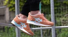 """Asics Gel Lyte V """"coral Reef"""" bei Afew  http://www.afew-store.com/de/asics-gel-lyte-v-coral-reef-coral-reef-clear-water/"""