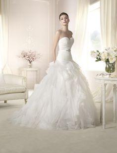 Brautkleid Delila aus der White One Brautmoden Kollektion 2015 :: bridal dress from the 2015 collection by white one.