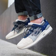 Asics Gel Lyte III 'Urban Navy' Sneakers N Stuff, Best Sneakers, Sneakers Fashion, Snicker Shoes, Reebok, Streetwear, Asics Gel Lyte Iii, Asics Shoes, Marathon