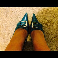 Blue &gold pointy shoes Blue and gold pointy shoes. High heels. Couple damages on point of the shoes. Please look at the pictures. Thank you! Anne Michelle Shoes Heels