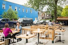 The top patios with WiFi in Toronto are the perfect places to kick back with a beer or a coffee, soak up some rays - and crank out yet another page. Canada Eh, Toronto Canada, Condo Living, Perfect Place, Wifi, Spaces, Drink, Outdoor Decor, Top