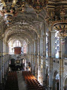 The impressive baroque chapel at Frederiksborg Castle, Denmark (by add1sun).