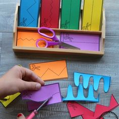 Back to school topics Best Picture For Montessori Activities kindergarten For Your Taste You are loo 2d Shapes Activities, Cutting Activities, Preschool Learning Activities, Preschool Printables, Motor Activities, Toddler Activities, Preschool Activities, Preschool Cutting Practice, Montessori Preschool