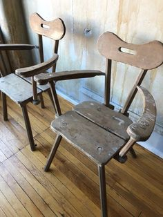 A late 19th century pair of Alpine Birchwood armchairs from the Italian Alps. The wooden back rests, seats and arms show the hand carved work of the maker in how they were shaped. They are unique. Tuscan Furniture, Cabin Furniture, Antique Furniture, Tuscan Living Rooms, Antique Armchairs, Italian Farmhouse, Italian Table, Tuscan Decorating, Unique Home Decor