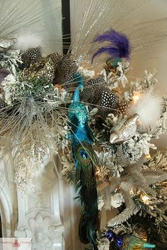Christmas Decoration House Tour by Heather Christo, via Flickr